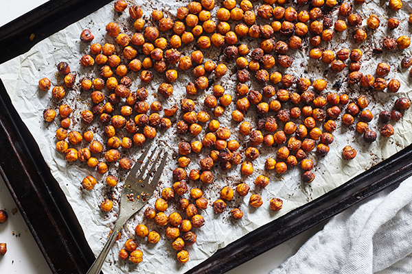 Maple Chai Roasted Chickpeas - Just A Simple Home